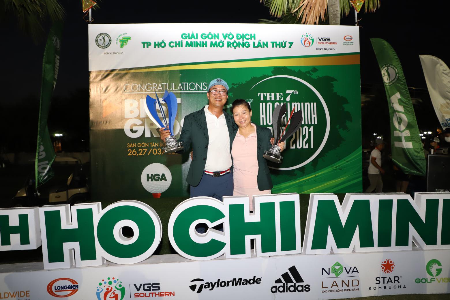 Khoảnh khắc trao giải Best Gross - Giải Gôn Vô Địch Mở Rộng Lần Thứ 7 trên Sân Golf Tân Sơn Nhất 27.03.2021